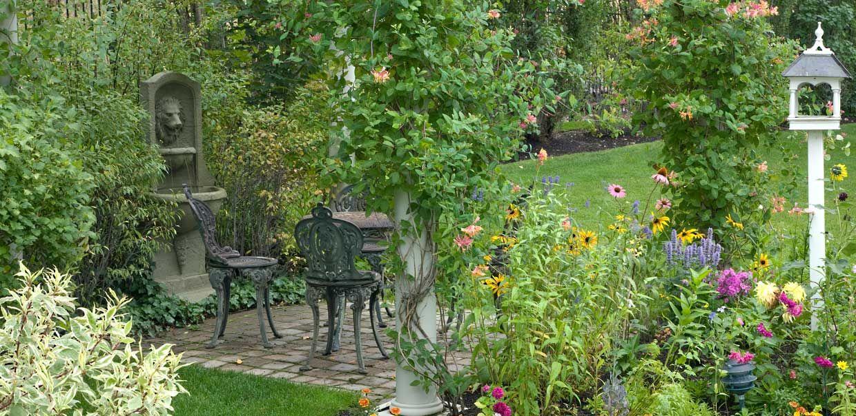 Romantic Garden House Www Imgkid Com The Image Kid Has It