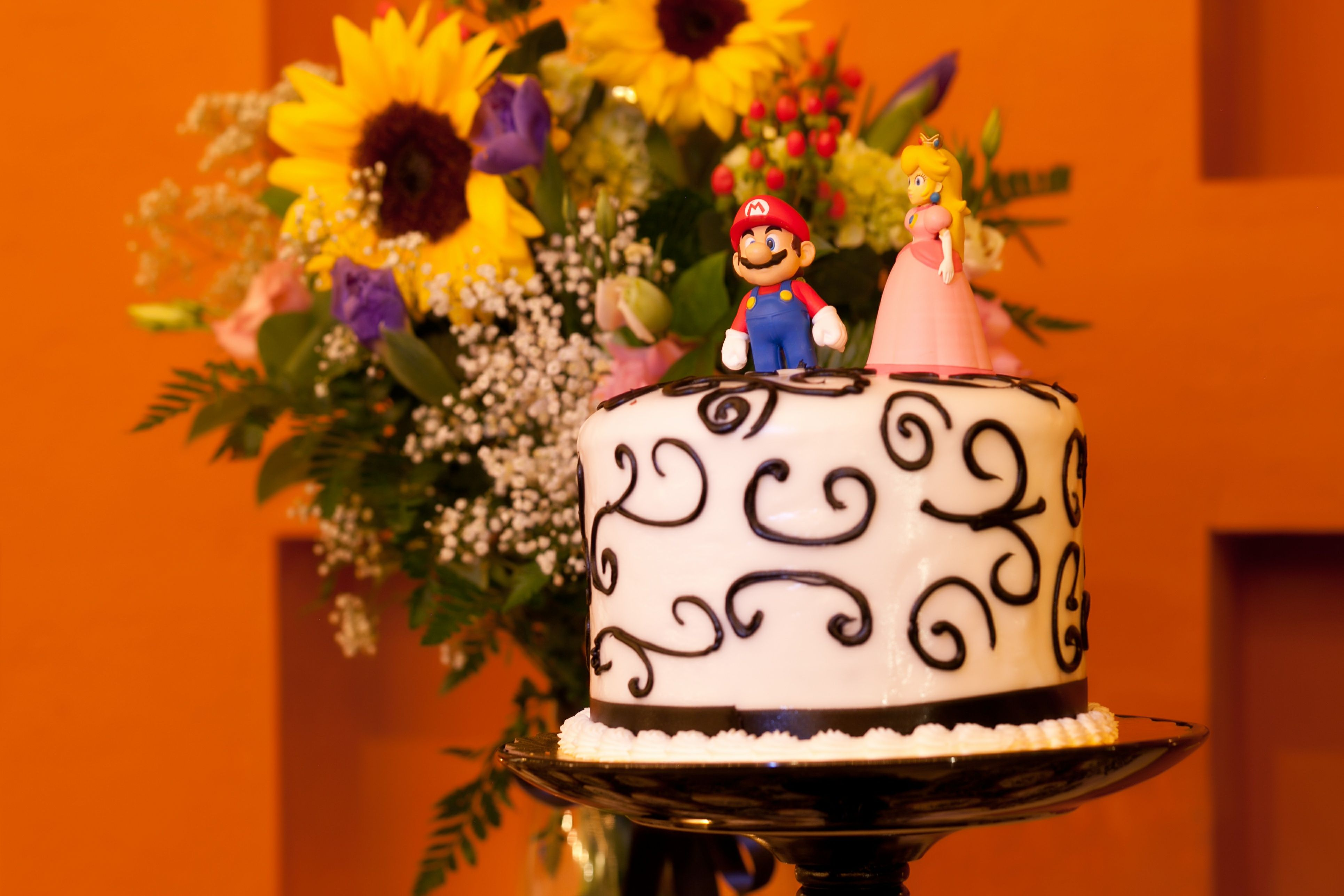 Mario And Peach Wedding Topper