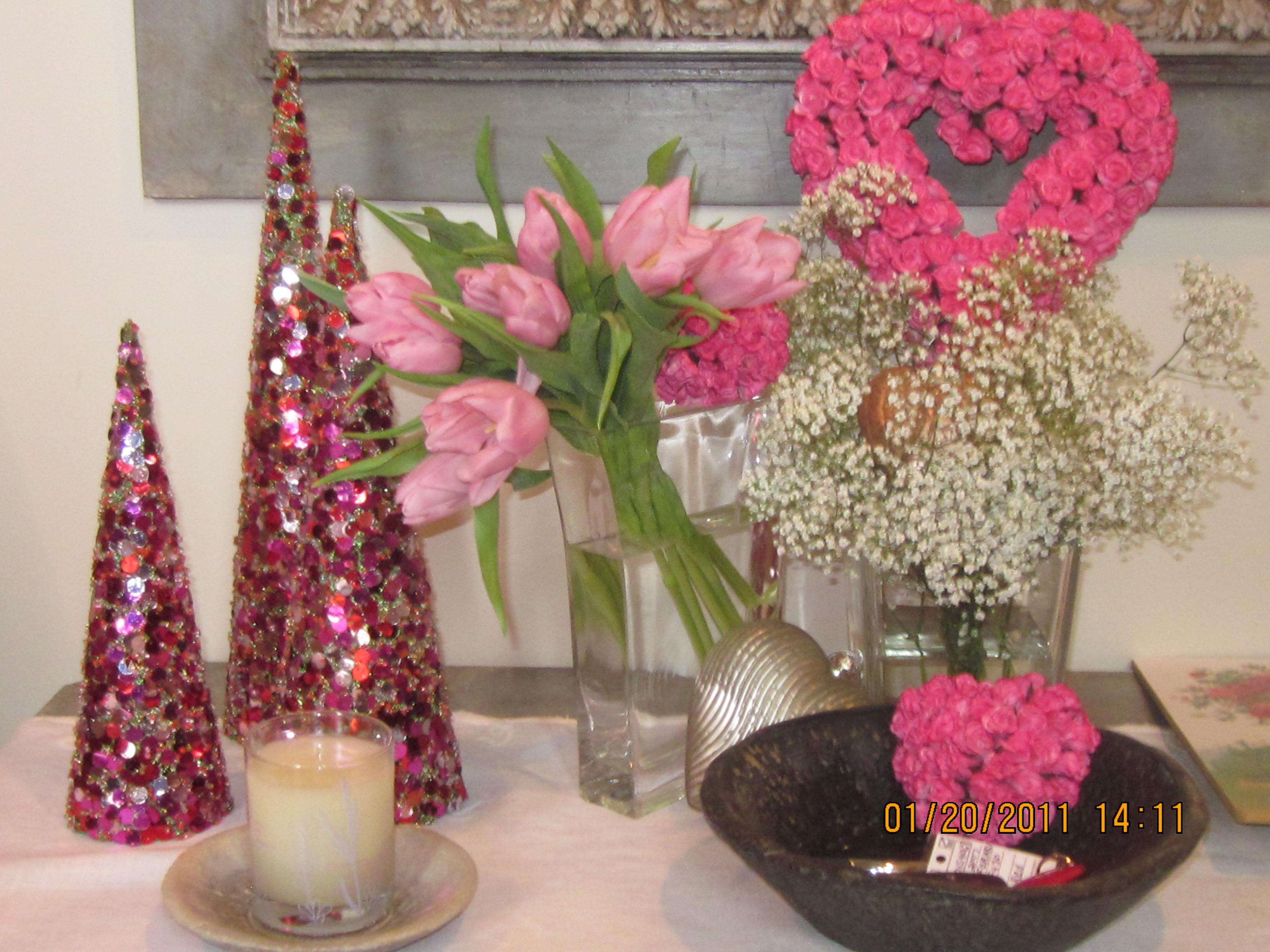 Table decor holidays valentines pinterest for Pinterest valentine home decorations