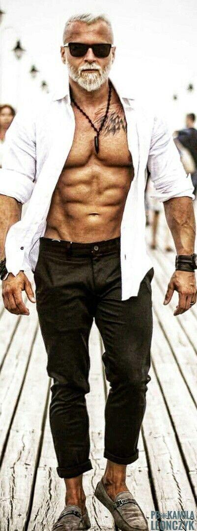 Упражнения дома с гантелями для мужчин на все группы мышц