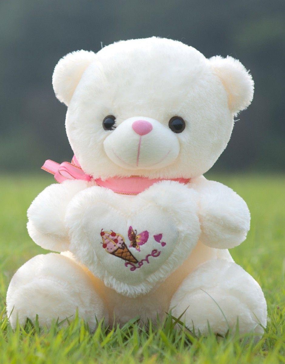 Cute teddy bears