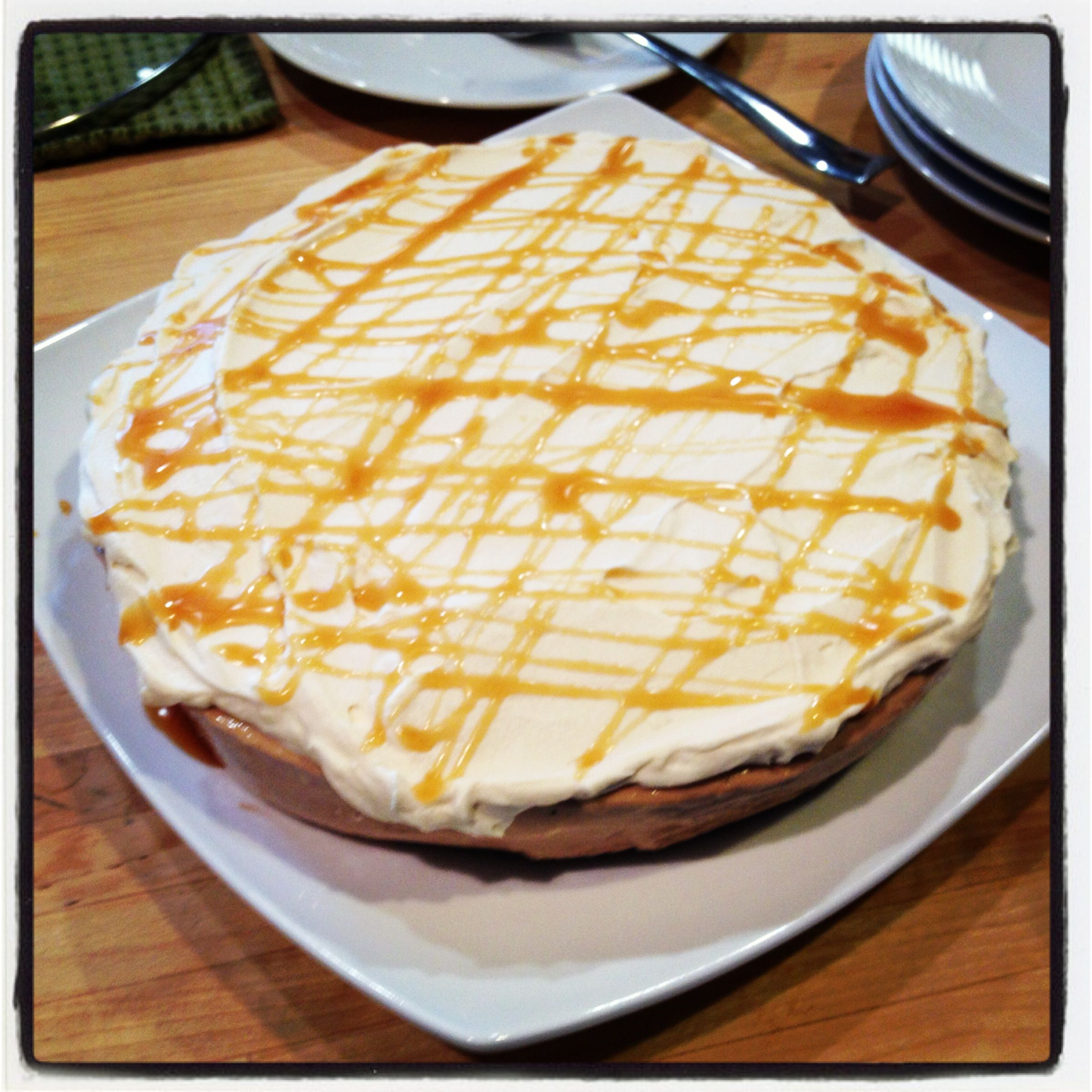 Caramel Macchiato Cheesecake | Deserts and Holiday | Pinterest