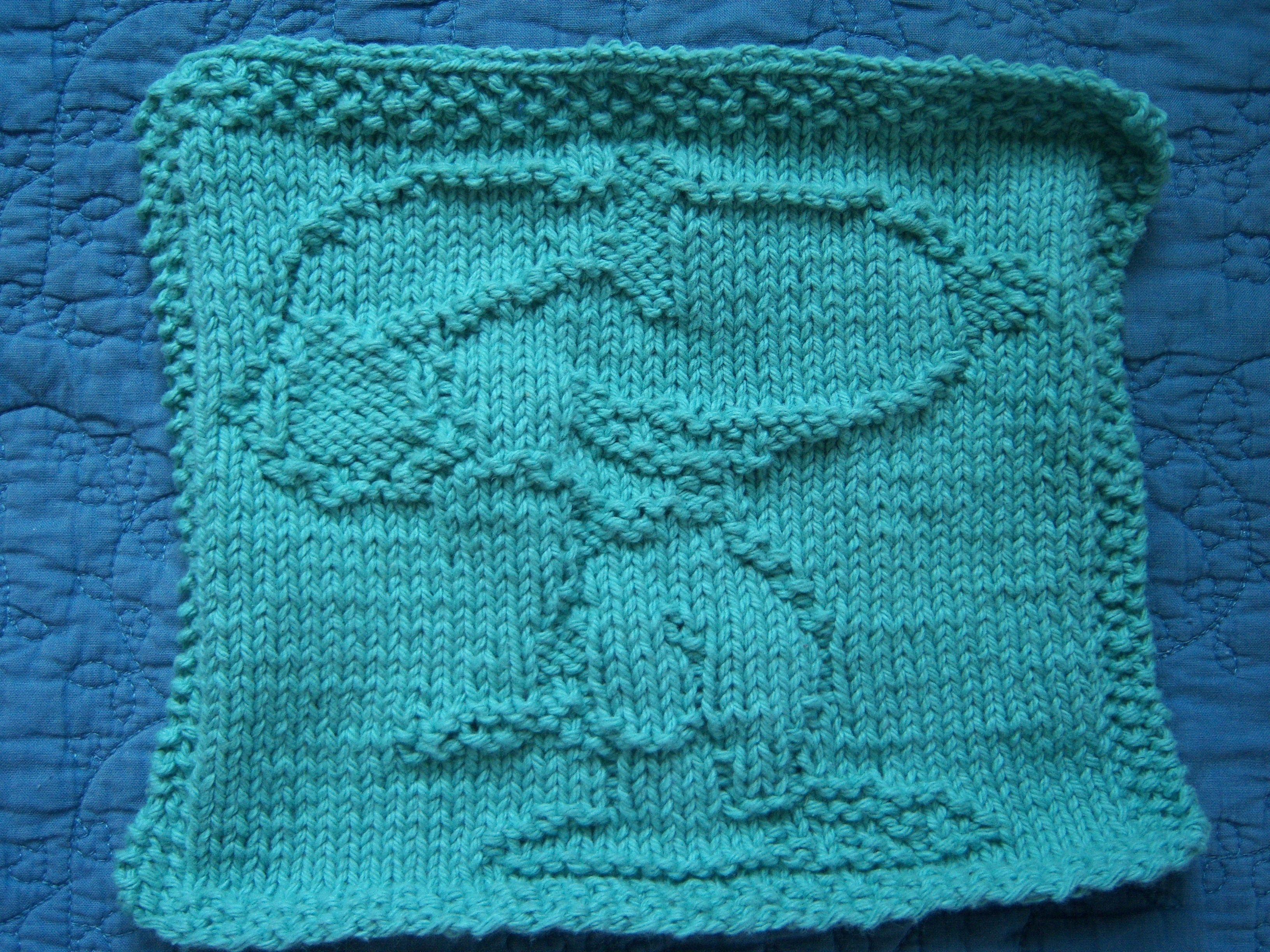 Knit Washcloth Pattern : Knitted Snoopy Washcloth Knitted and crochet patterns Pinterest