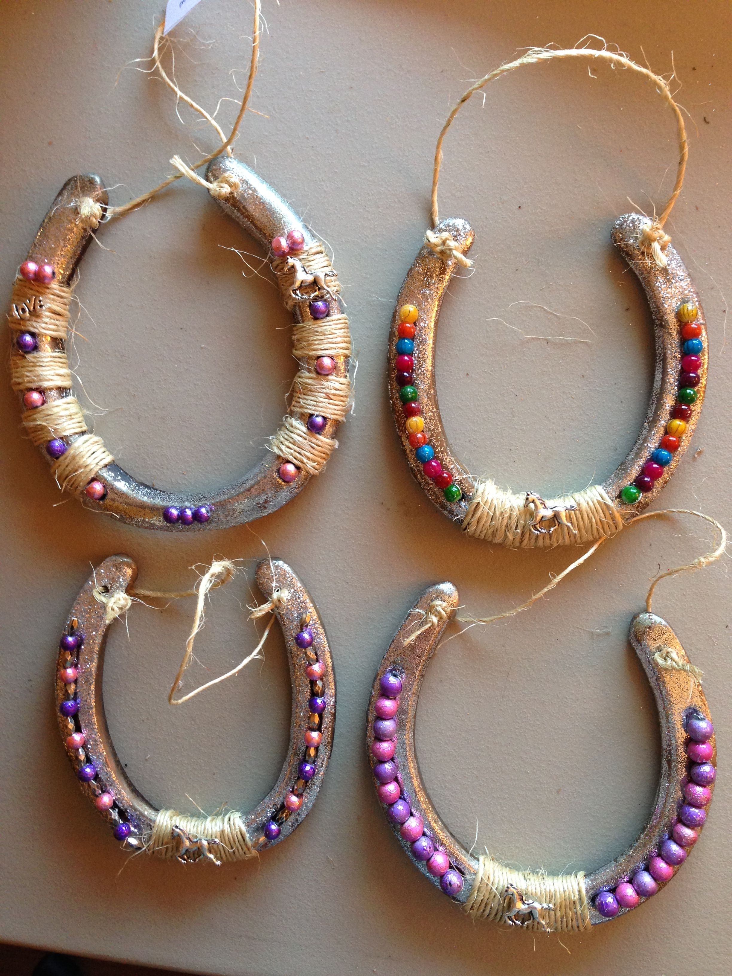 Decorated horseshoes horse shoes pinterest for How to decorate horseshoes