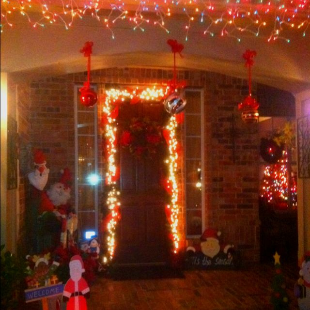My front porch | Christmas decorations | Pinterest