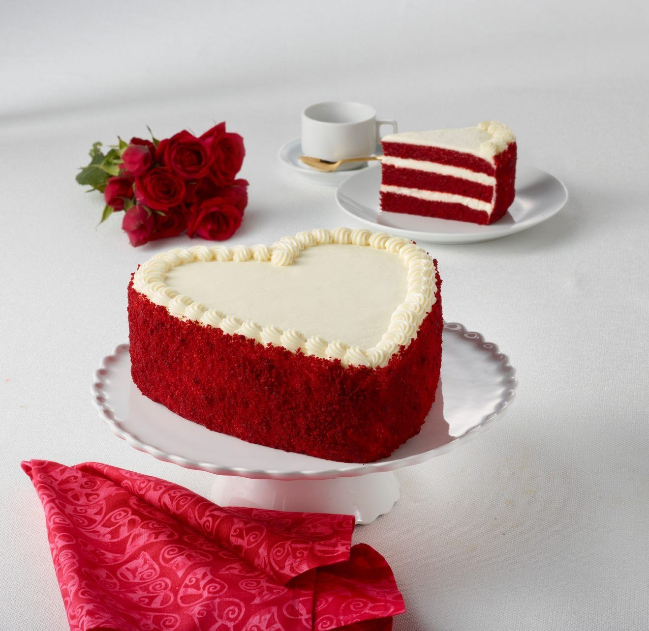 Red Heart Cake Images : Red Velvet Heart Cake Valentine s Day Pinterest