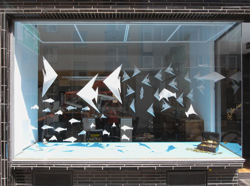 shop window ideas for valentines day
