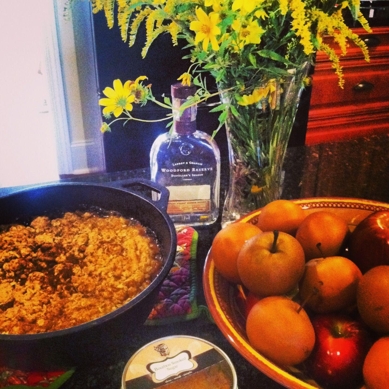 Bourbon Apple Crisp #smellsoffall   Delicious Autumn   Pinterest