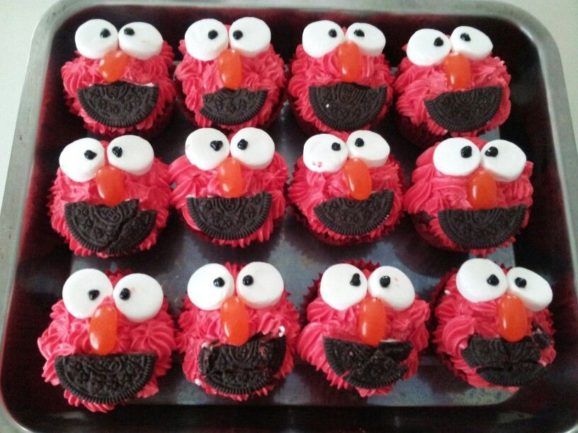 ELMO CUPCAKES- red velvet | My Baking | Pinterest