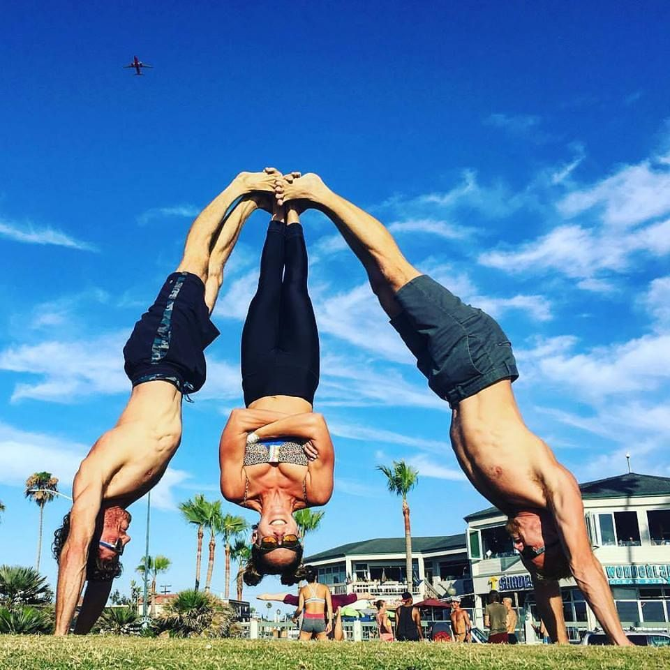13718571 10153585756730826 1315537907771901520 N 960x960 AcroYoga 3 Person Poses