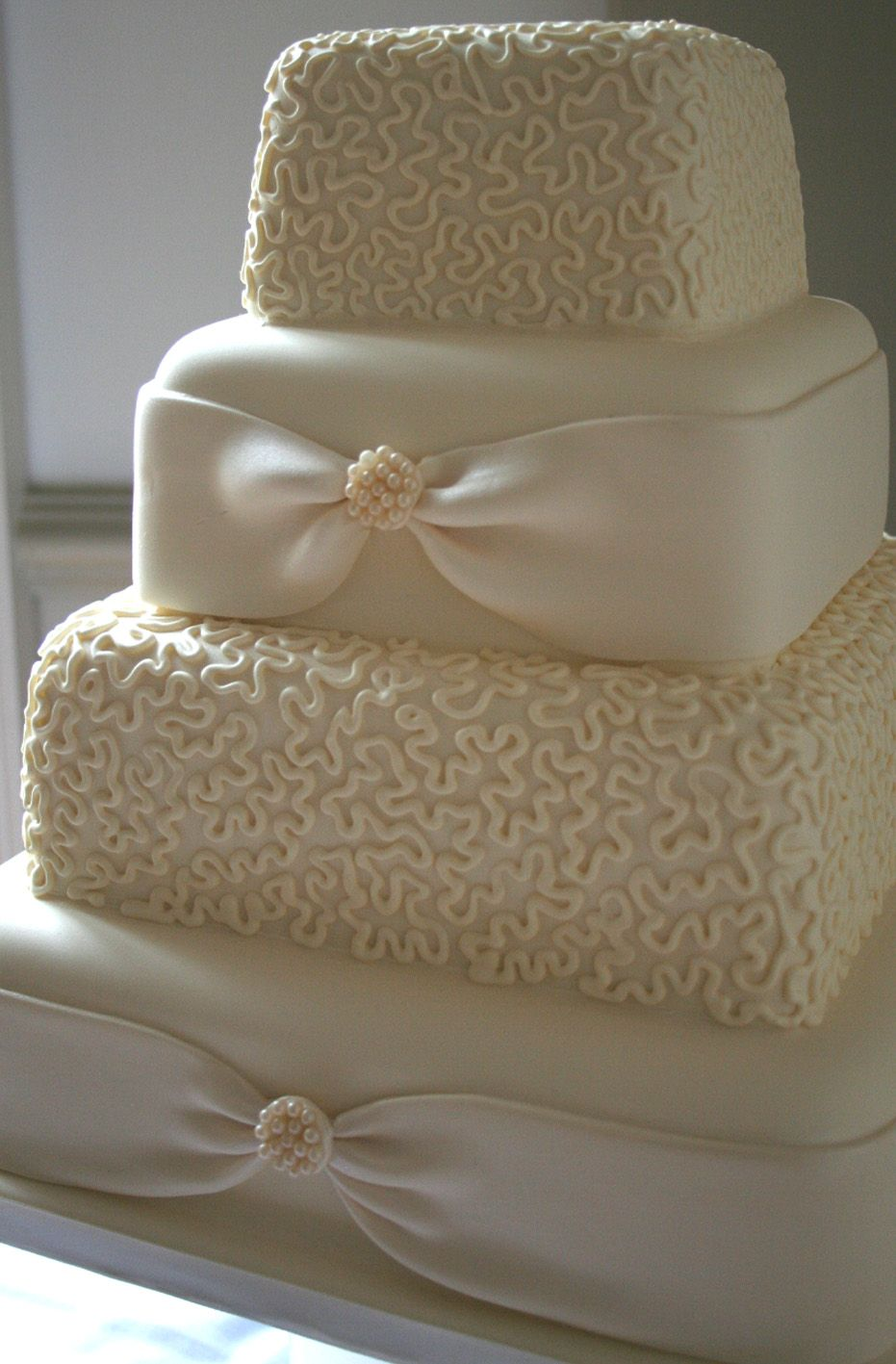 chantilly lace cake