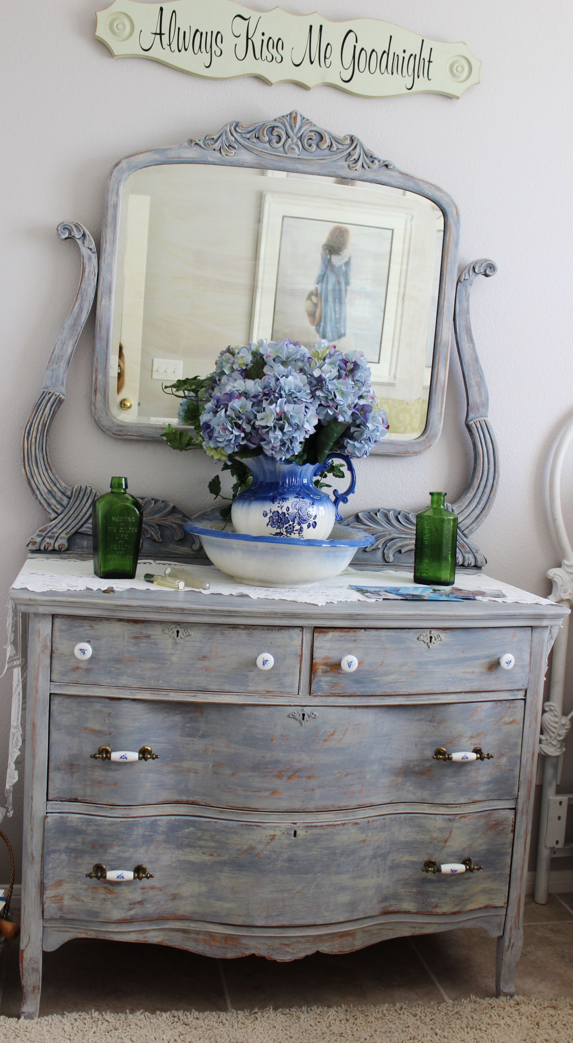 annie sloan chalk paint project let 39 s make it let 39 s try it pint. Black Bedroom Furniture Sets. Home Design Ideas