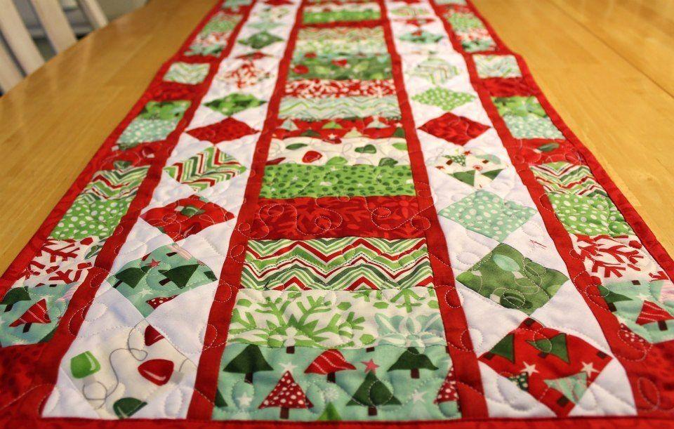 Christmas table runner ideas pinterest