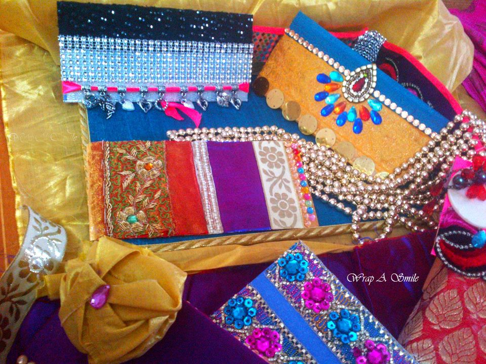 Gift Wrapping Saree Ideas Part - 37: A Creative Project - Blogger