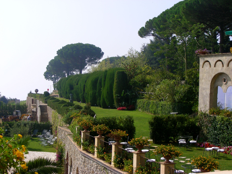 Villa Cimbrone Italian Gardens Pinterest