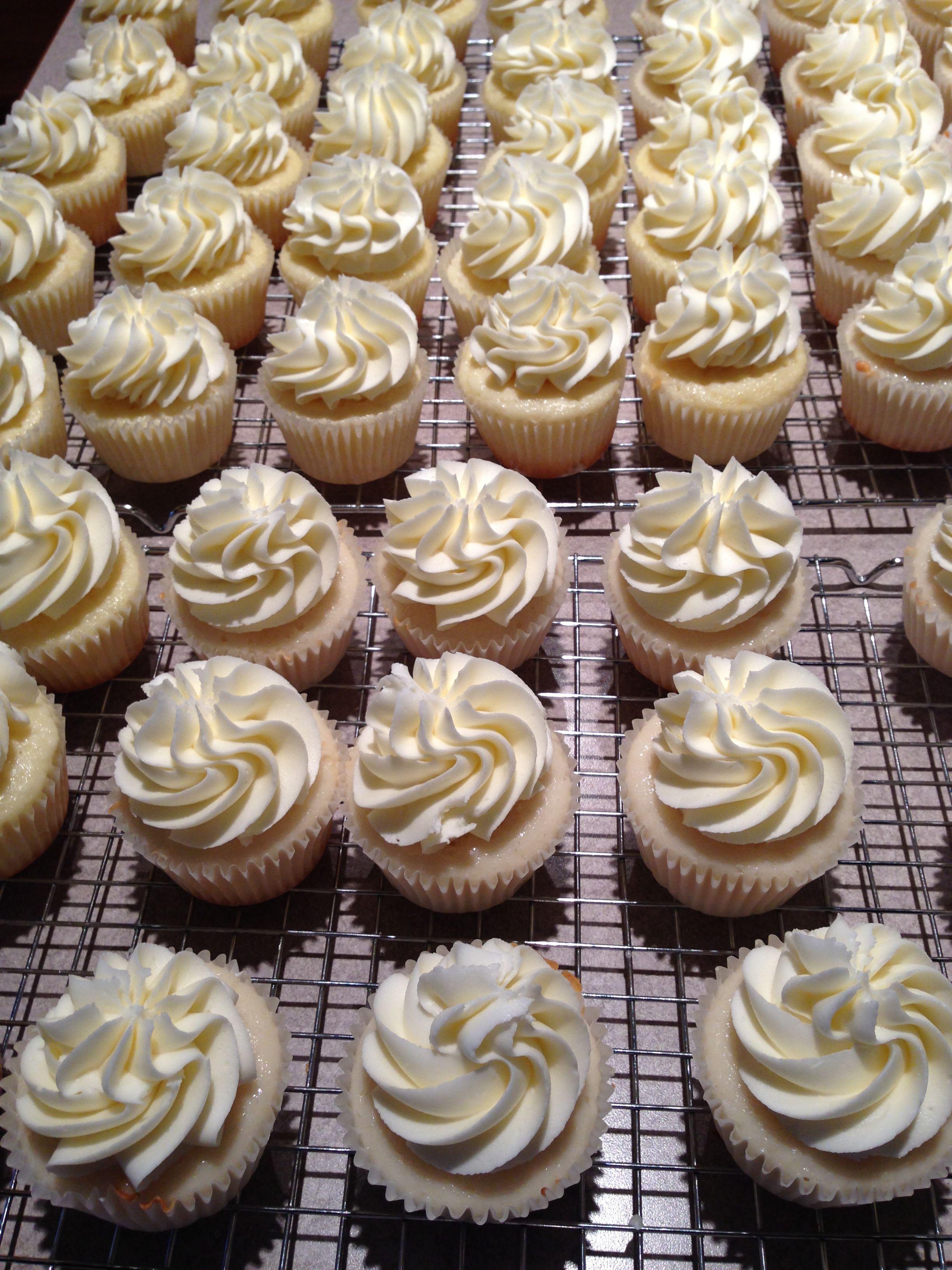 White Wedding Cake Cupcake