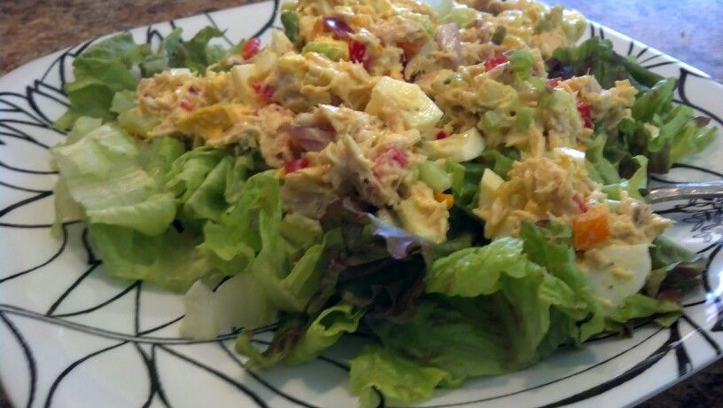 Day 3 lunch: tuna salad-salad | Paleo Challenge #1 | Pinterest