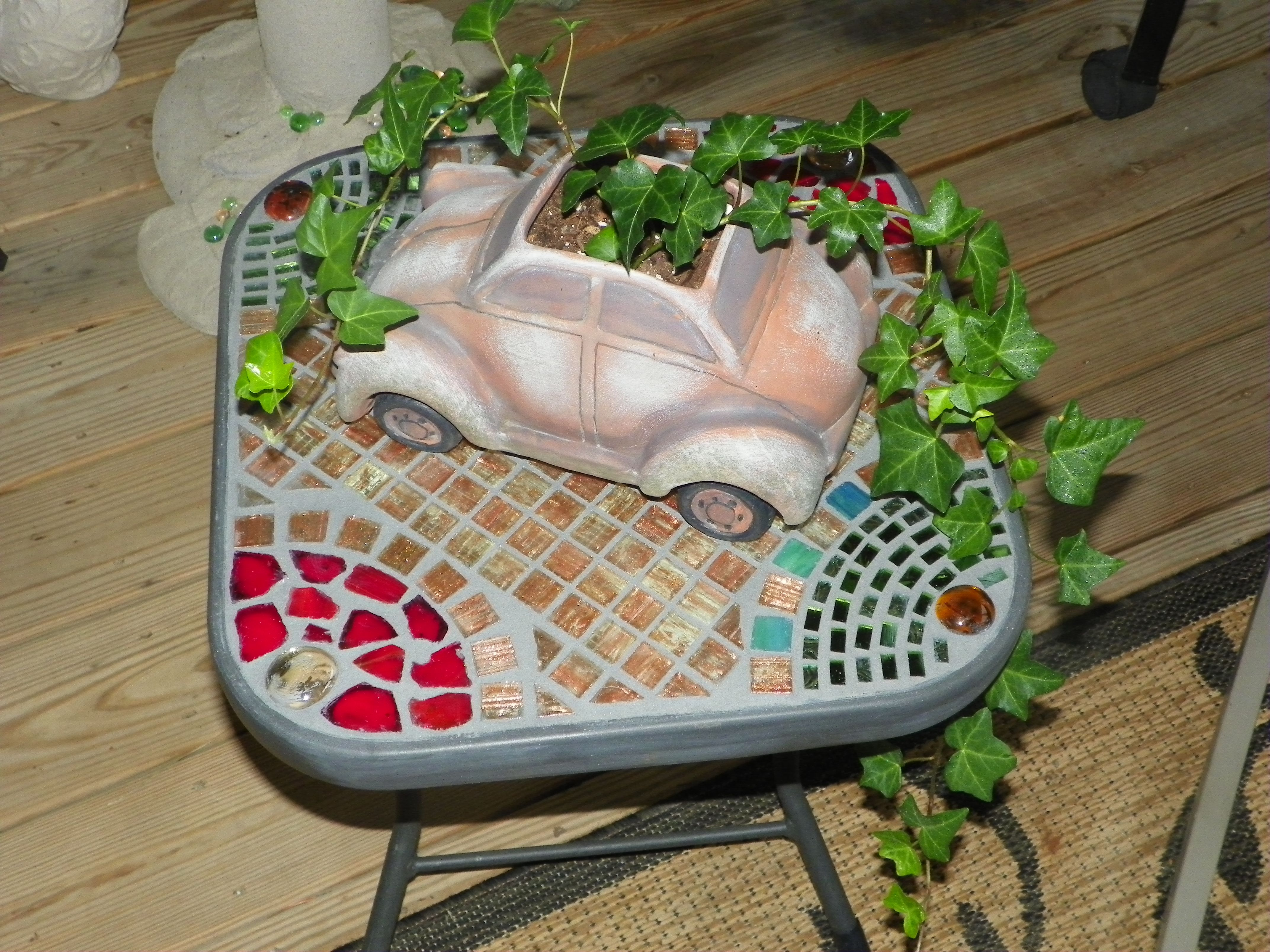 My First Patio Mosaic Table My Own Mosaics Tile Work