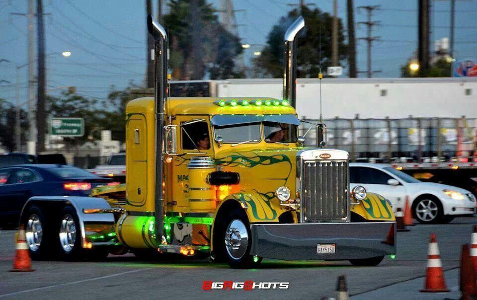 Classic peterbilt cool rigs semi trucks pinterest