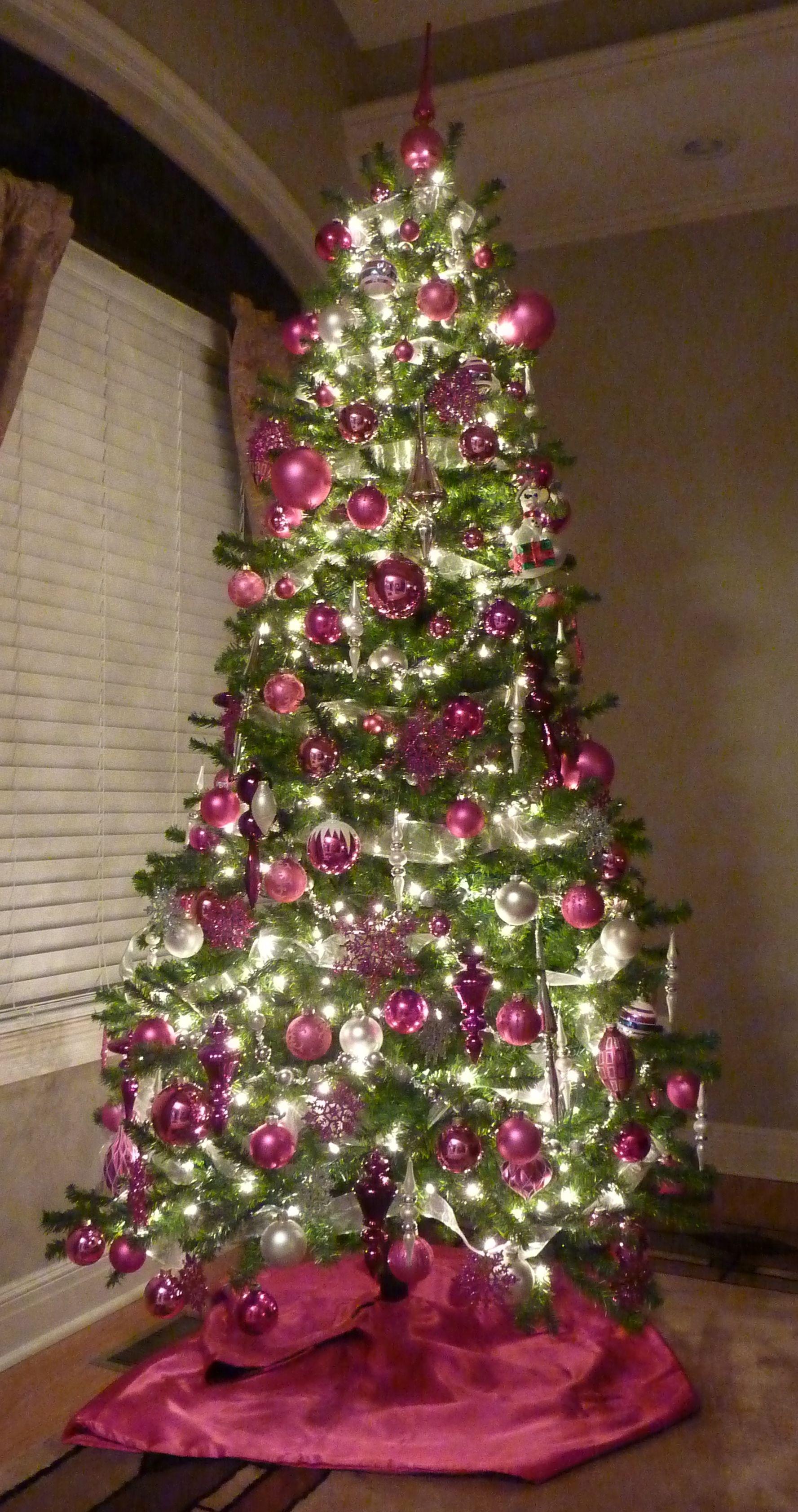 pink christmas tree christmas time pinterest. Black Bedroom Furniture Sets. Home Design Ideas