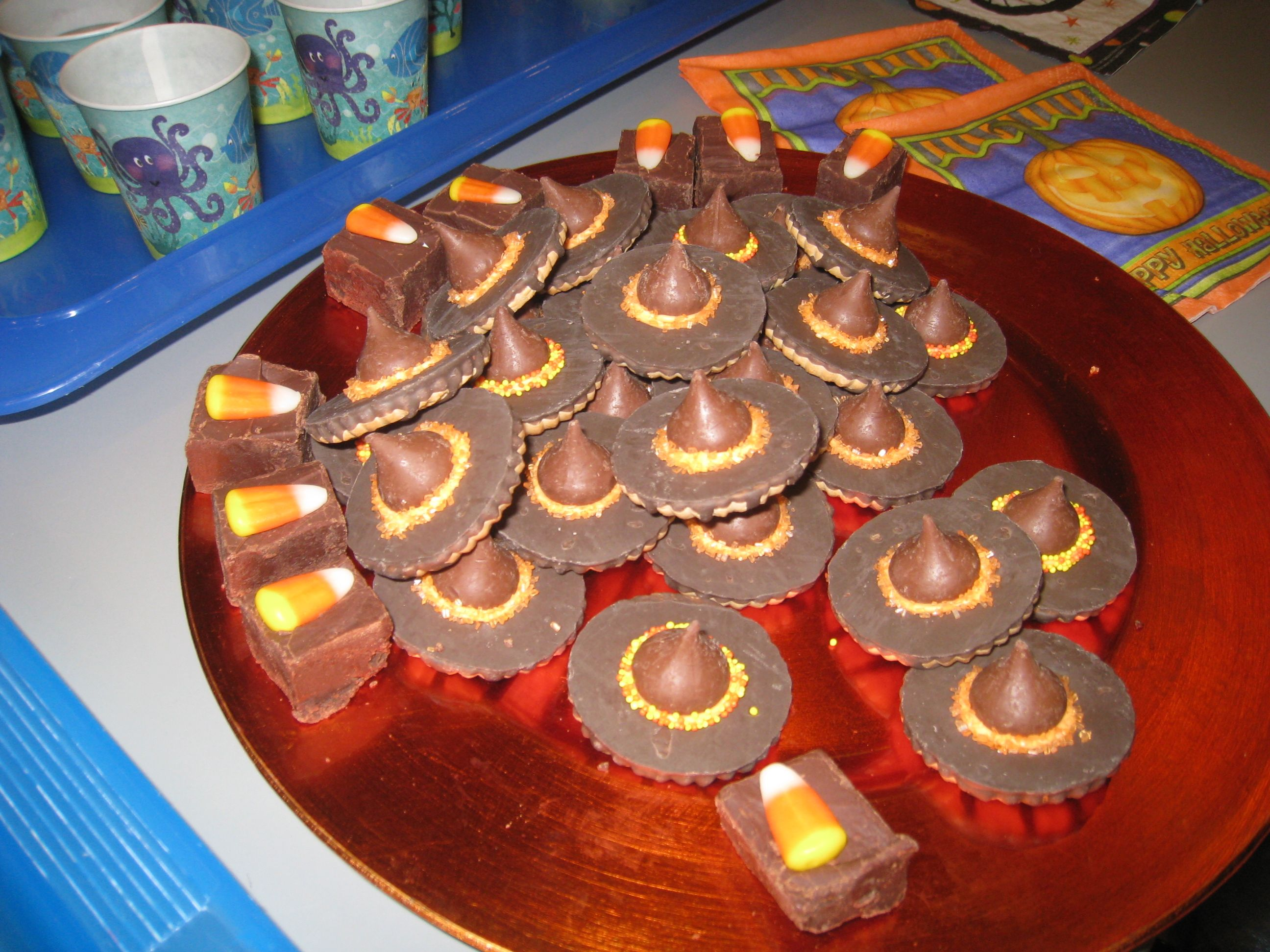 super easy halloween school treats crafty foods pinterest