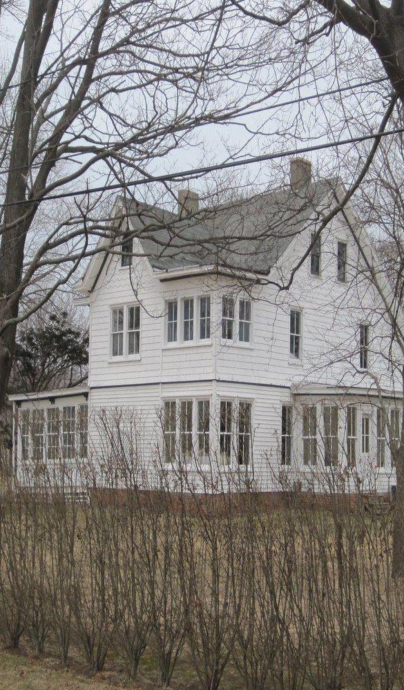 New england farmhouse porch flagstone home spaces for Modern farmhouse windows