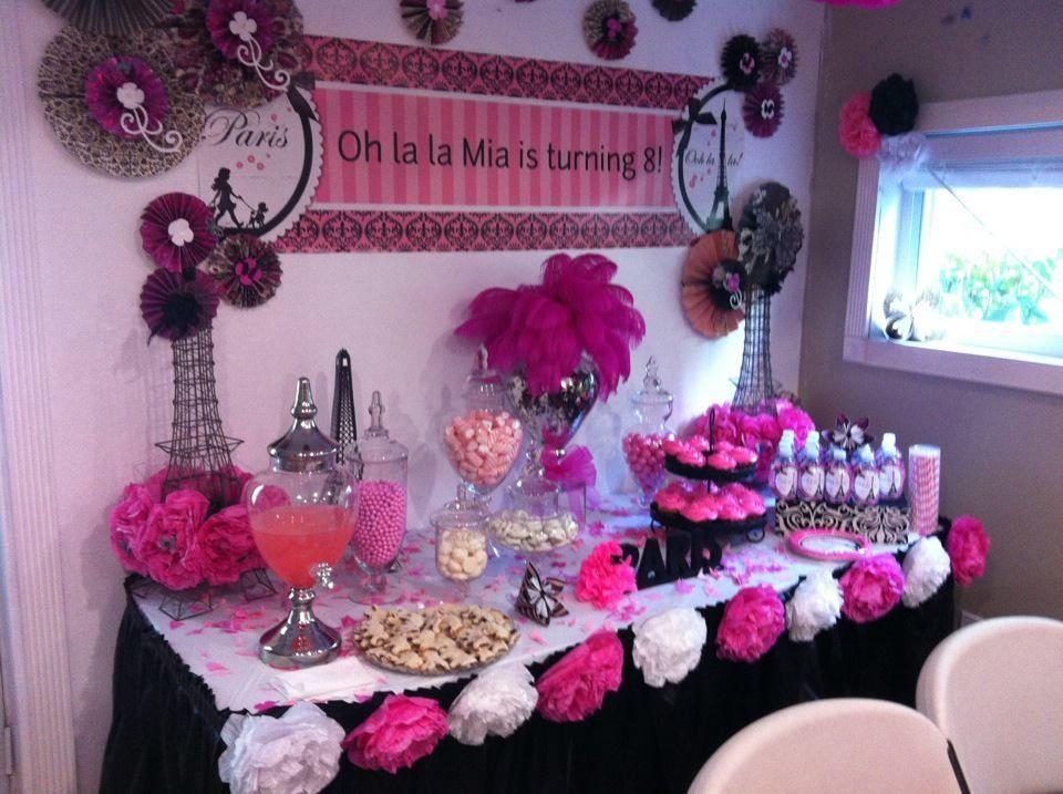 paris party decoration party ideas pinterest. Black Bedroom Furniture Sets. Home Design Ideas