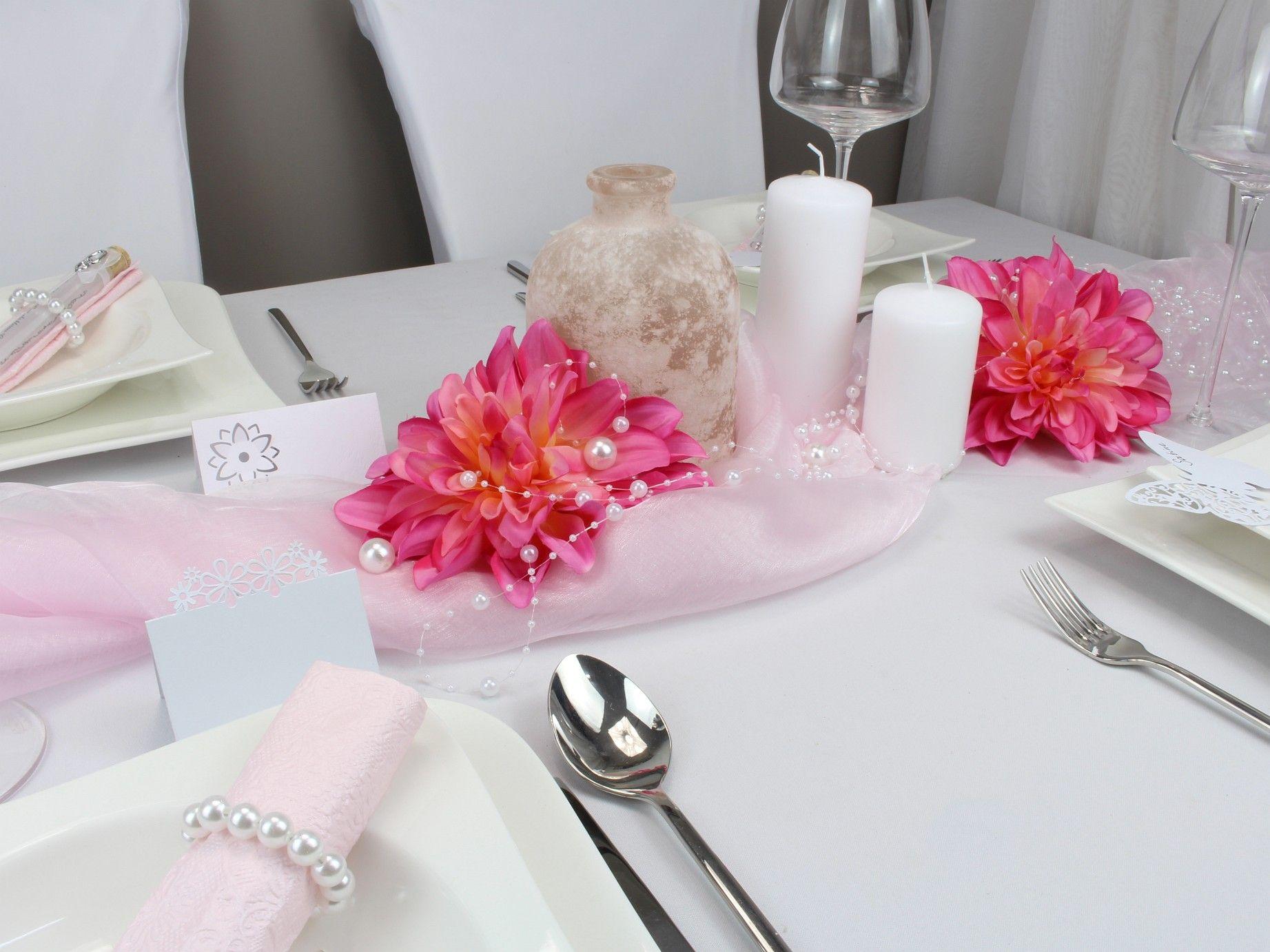 Mustertische Geburtstag bei Tischdeko-online mit Lilien, Bändern ...