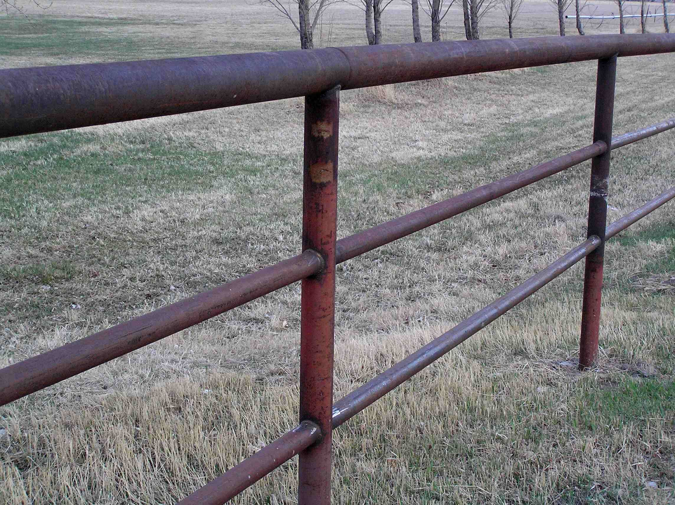 Забор из арматуры своими руками фото