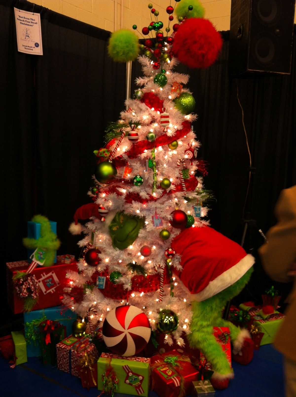 Christmas Decor Grinch : Grinch tree christmas