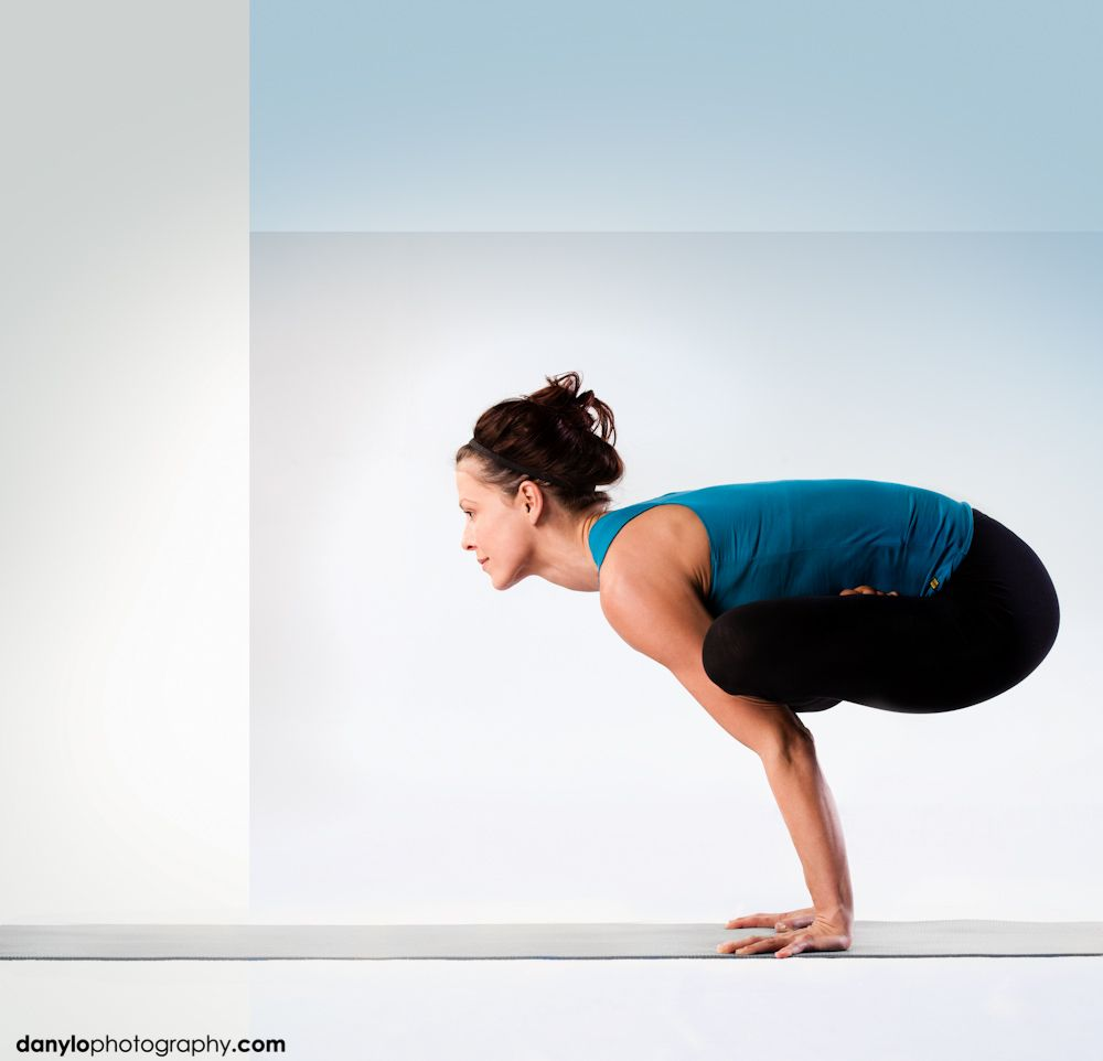 urdhva kukkutasana - Teri | Yoga. | Pinterest