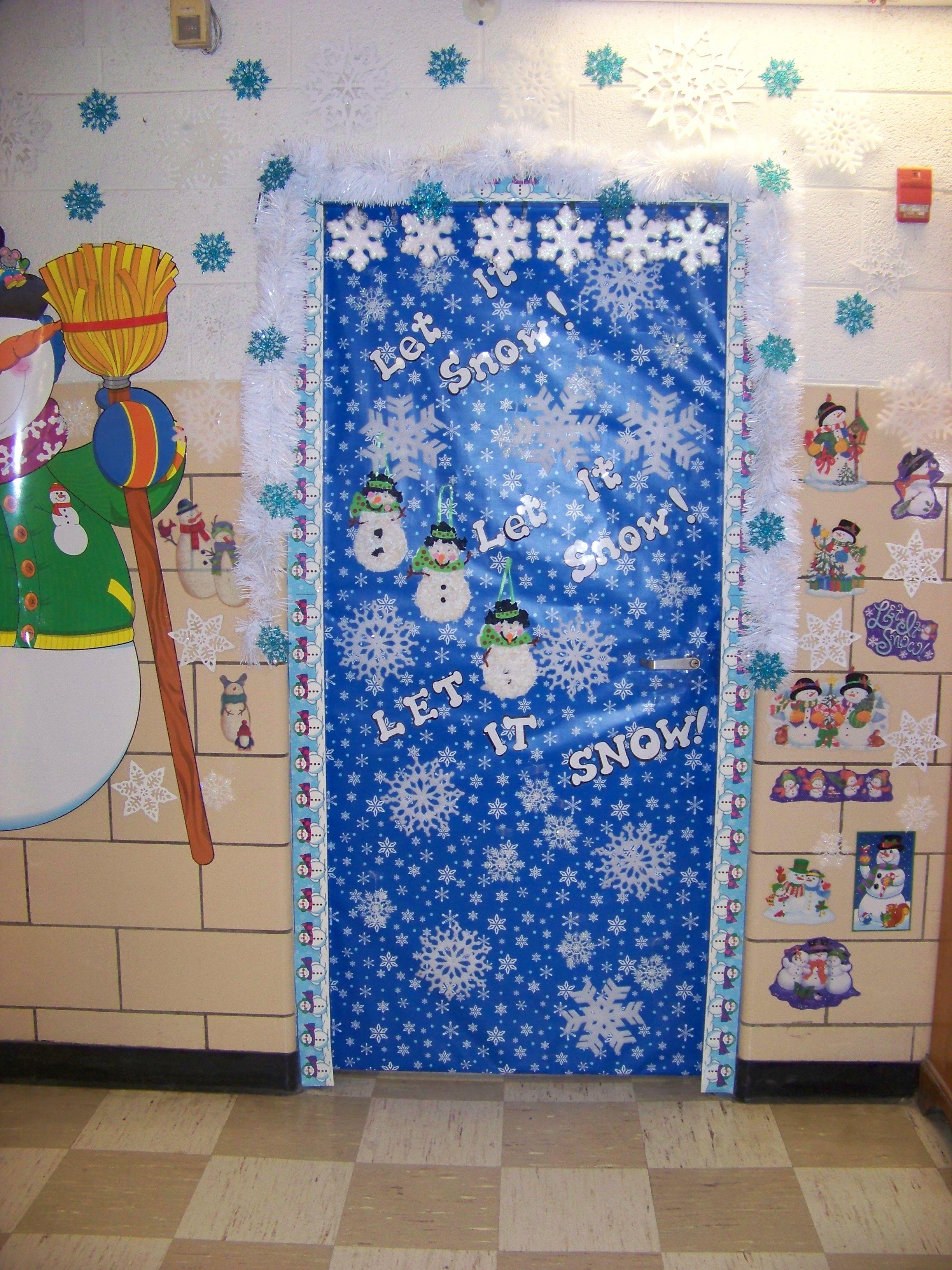 Let it snow door ideas pinterest for Door idea pinterest