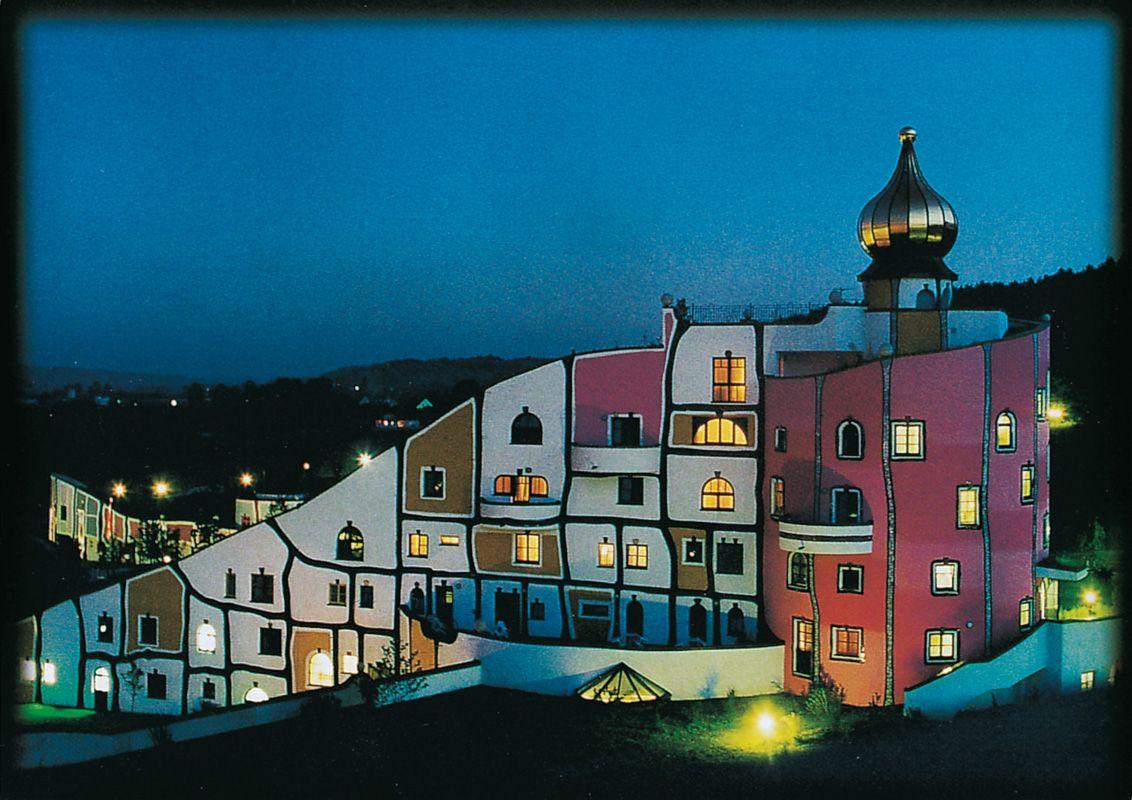 Hundertwasser vienna photography places pinterest for Architecture hundertwasser