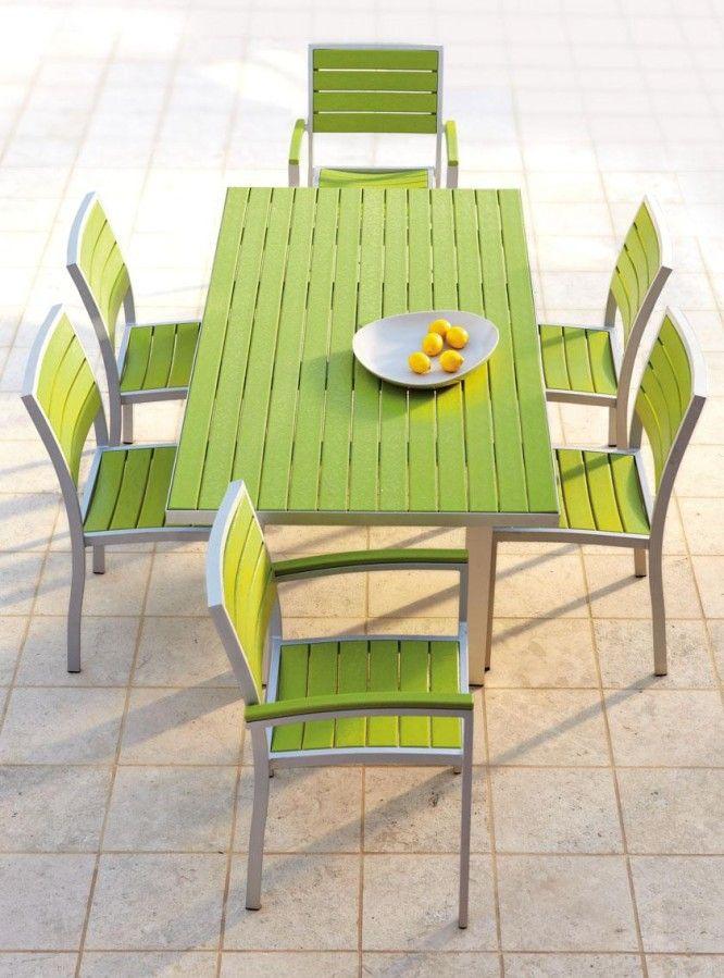 Мебель для дачи из пластика
