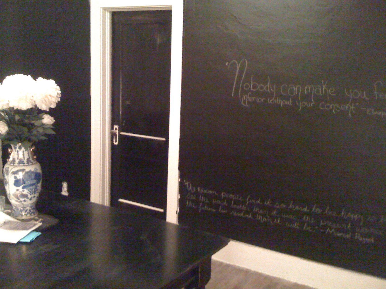 Chalkboard paint house design ideas pinterest for Chalkboard paint decorating ideas