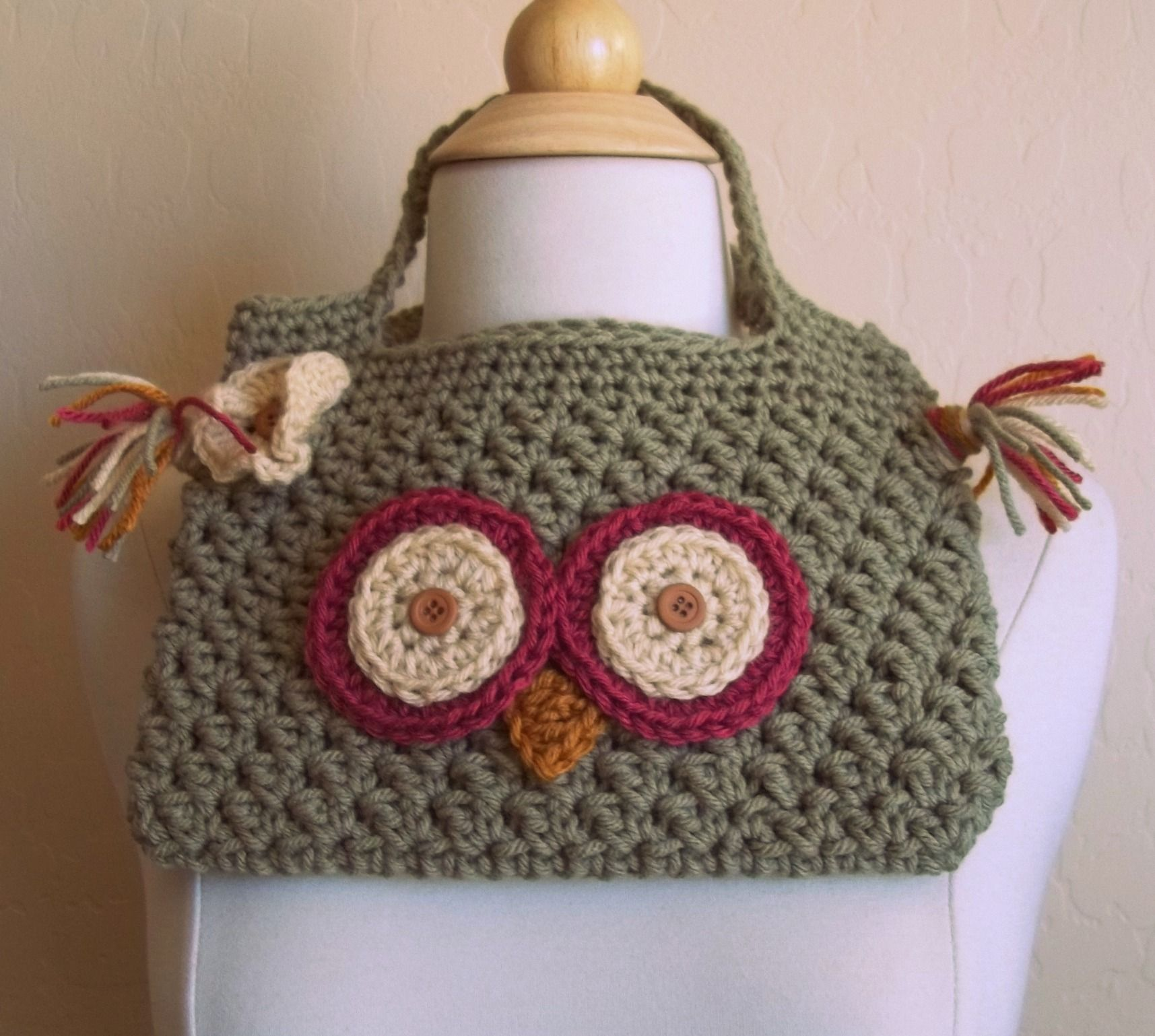 too cute! Crocheted purses & bags Pinterest