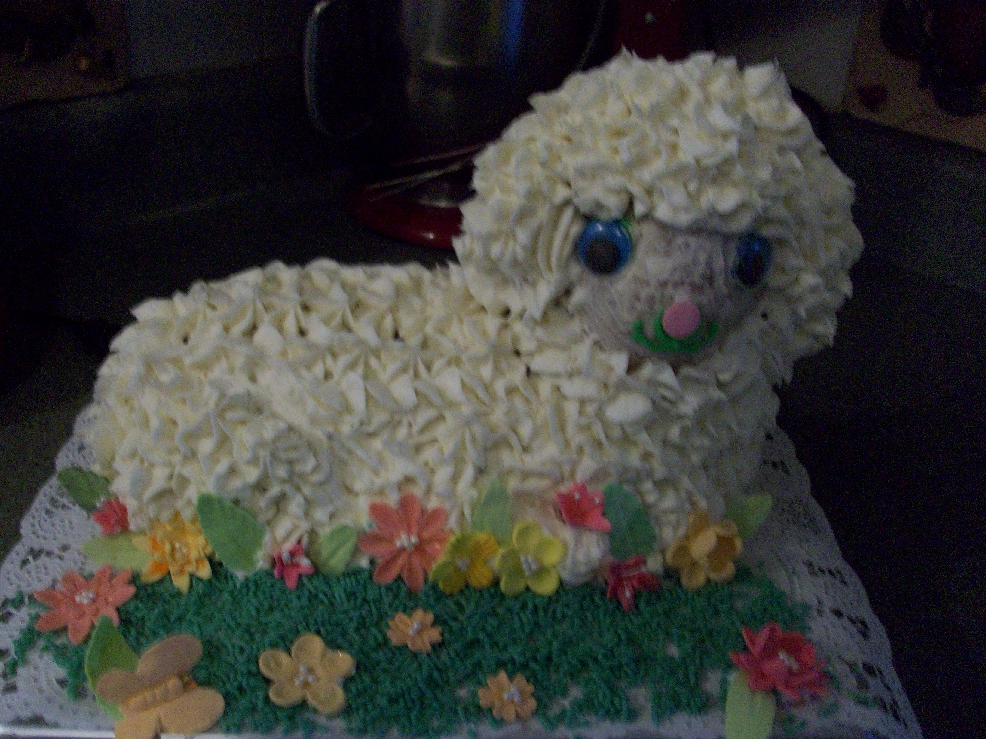 easter lamb pound cake | Sweets for the sweet | Pinterest