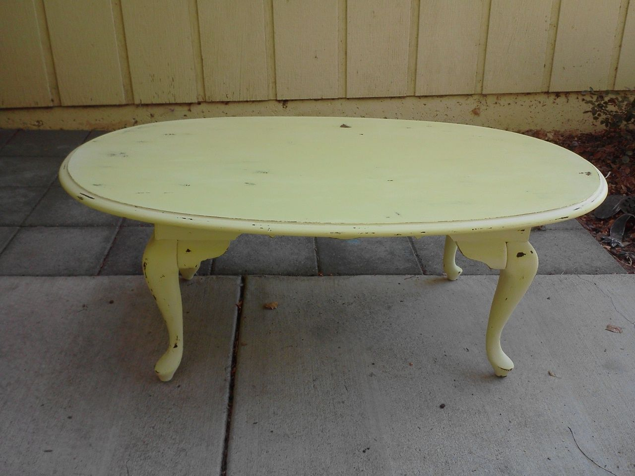 Distressed Creamy Yellow Coffee Table Stuff I 39 Ve Done Pinterest
