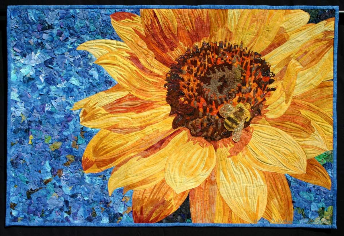 gorgeous sunflower quilt by andrea brokenshire | Quilts | Pinterest