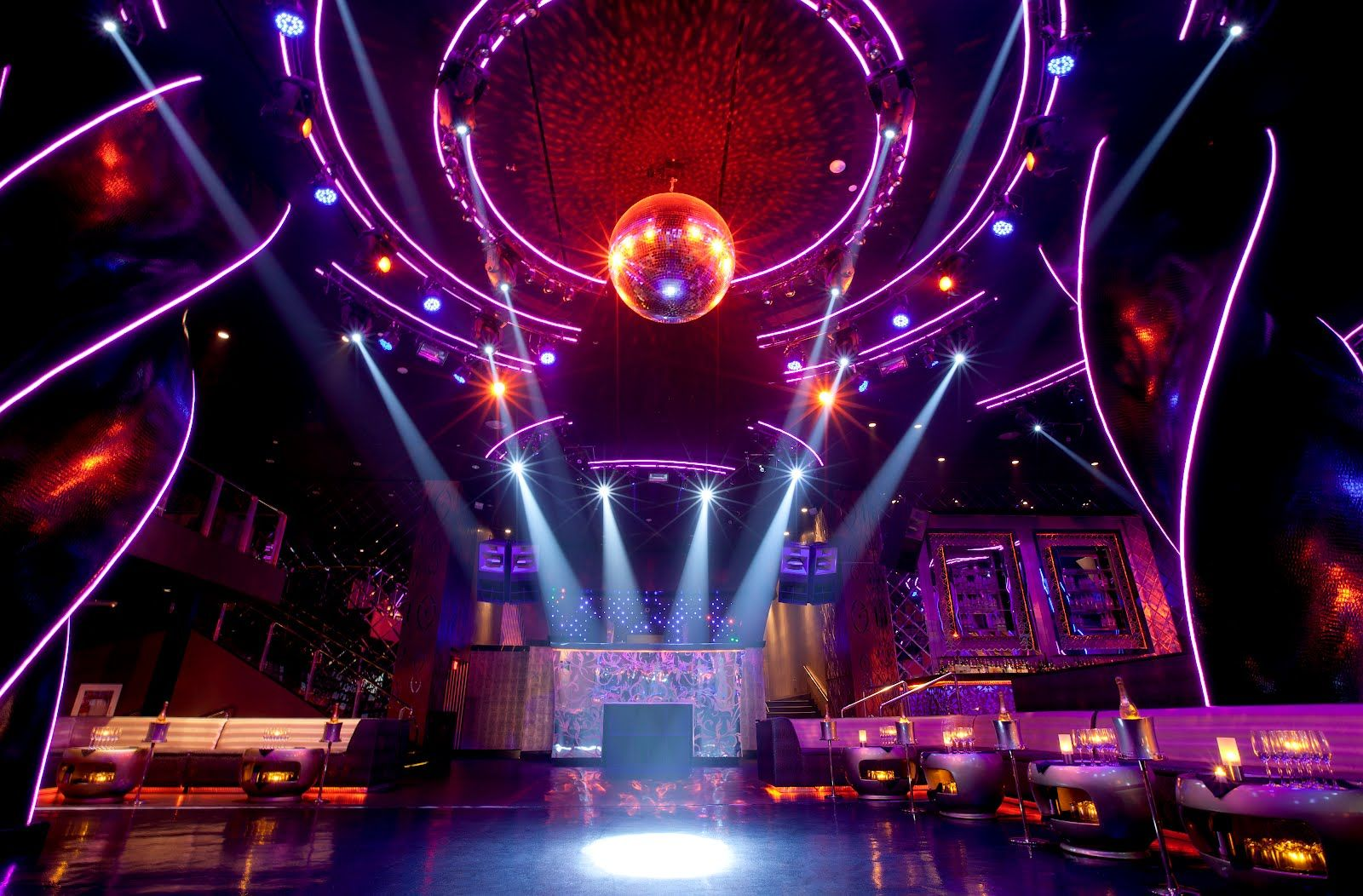 discoteca majestic: