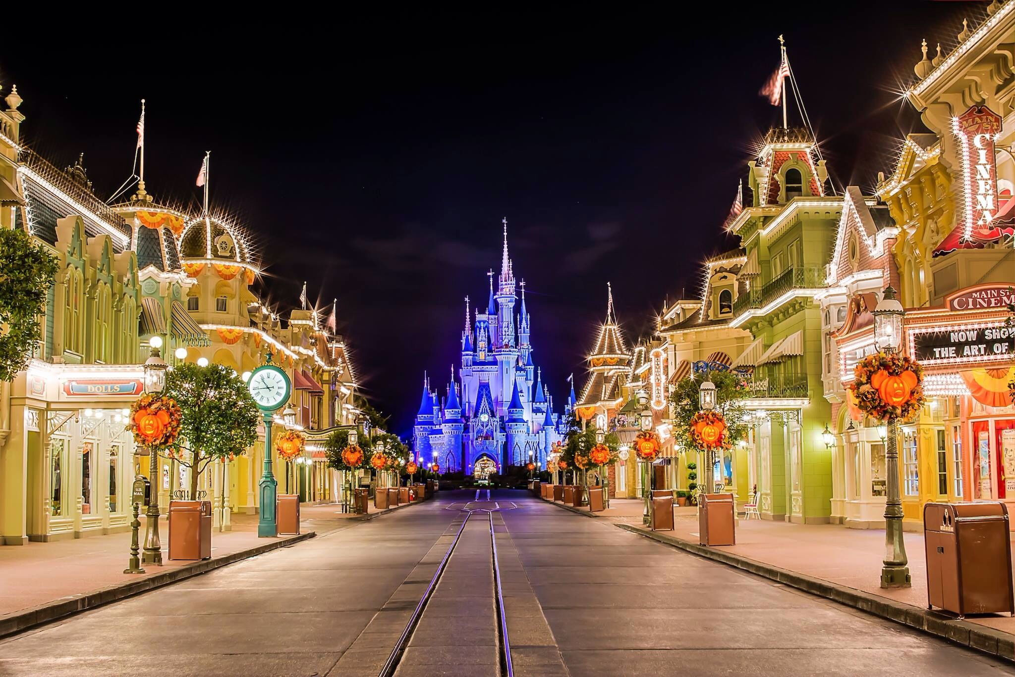 Main Street Usa Disney World Magic Kingdom Fun Pinterest