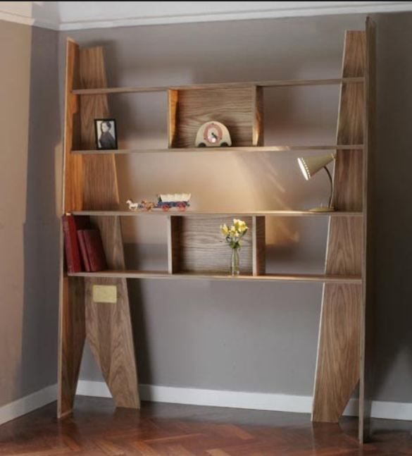 Easy DIY Bookshelf 585 x 647