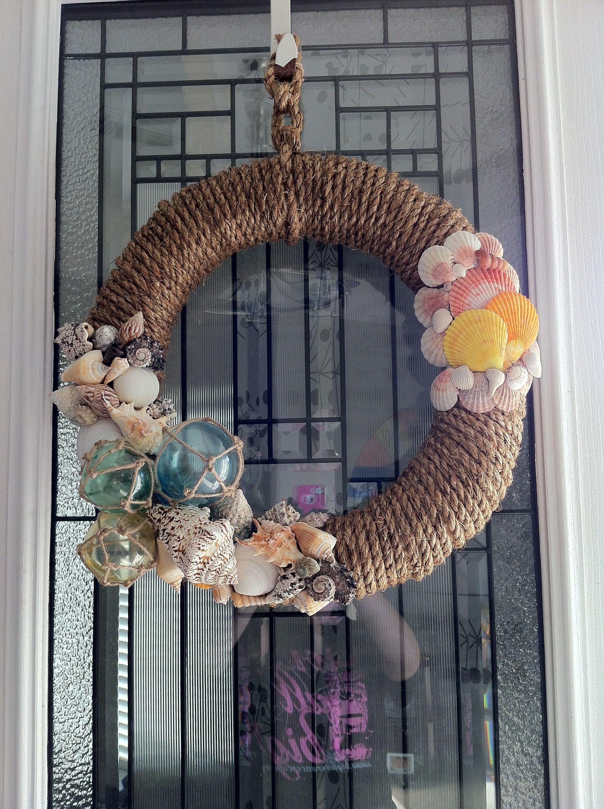 Seashell wreath craft show summer ideas pinterest for Seashell wreath craft ideas