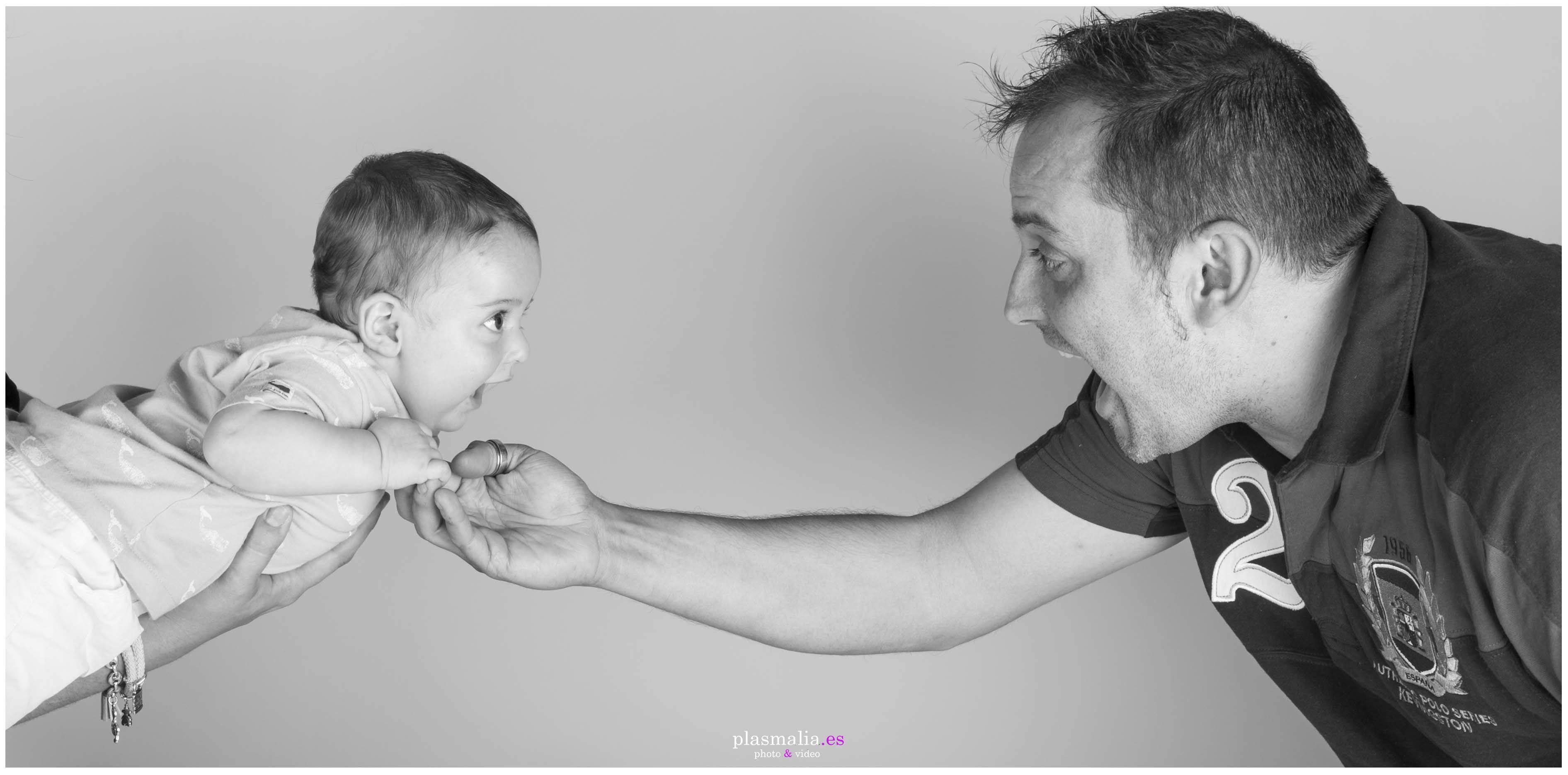 fotografía de bebé en estudio de Madrid