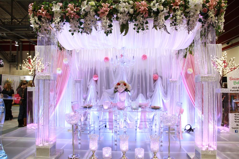 Pin By Fusionbollywood Calgary On Crystal Wedding Decor