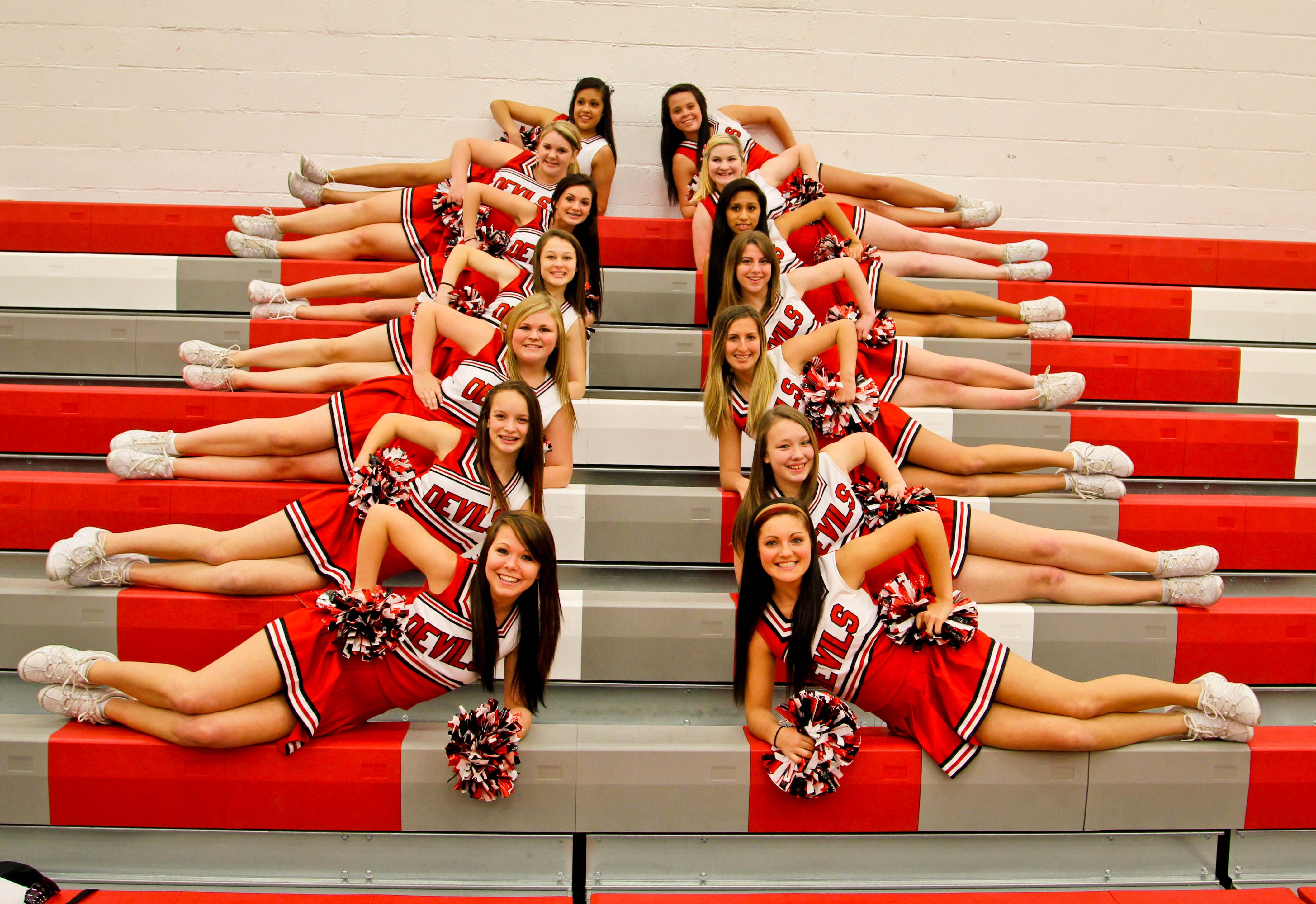 Cheerleading 101: Exercises - AES Cougar Cheer Cheerleading poses for pictures