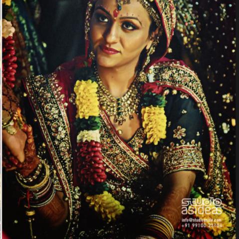 Indian Wedding Flower Garland Jesse Missy 39 S Wedding Ideas