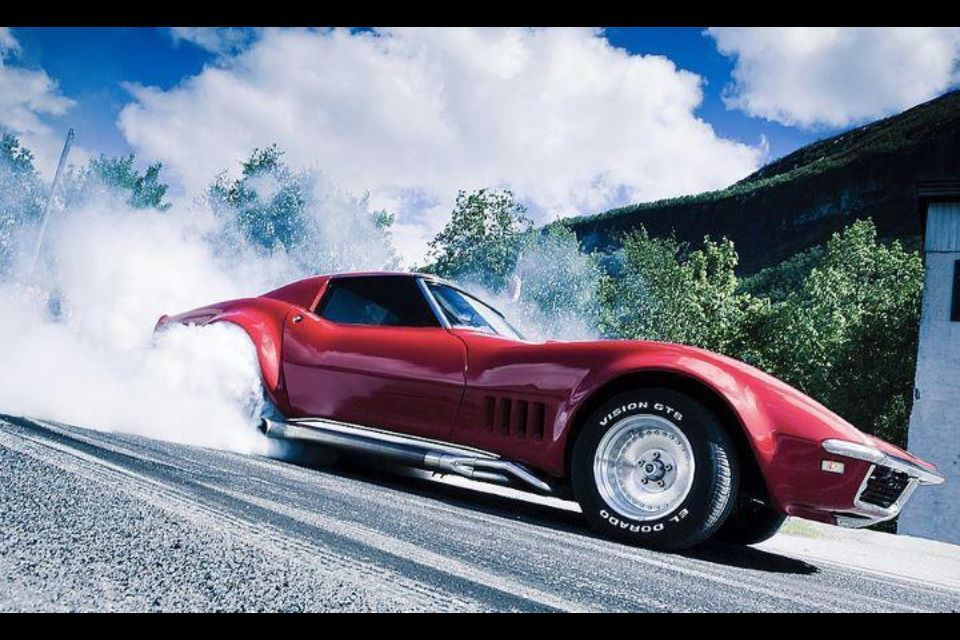 c3 corvette burnout c3 corvettes pinterest. Black Bedroom Furniture Sets. Home Design Ideas