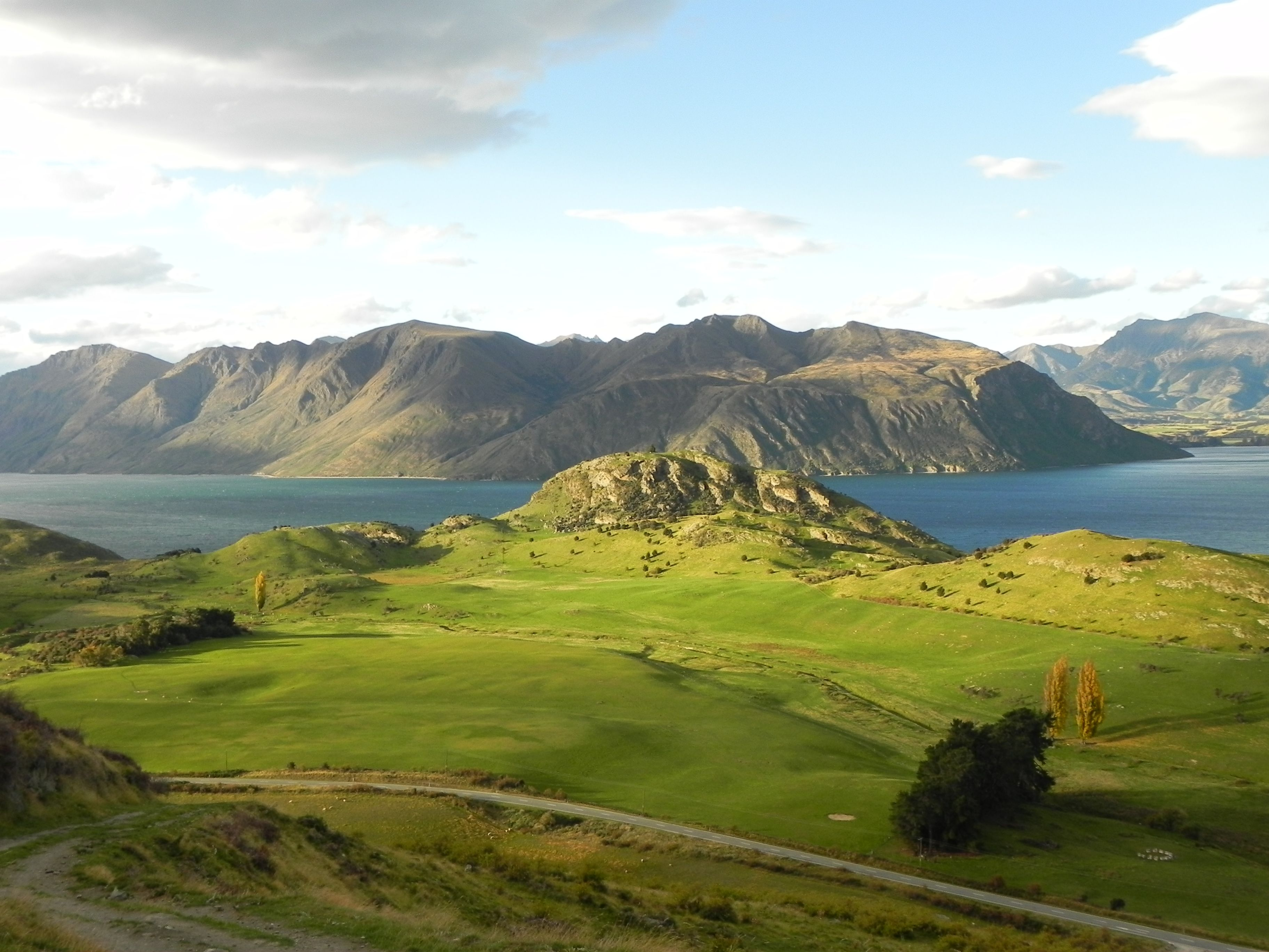 Lake Wanaka, New Zealand | Where I Want To Be | Pinterest