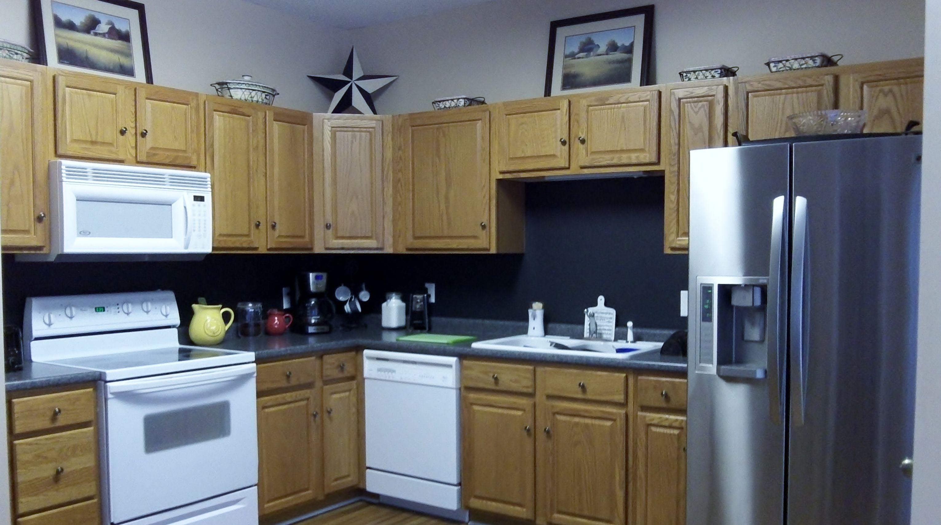 chalkboard backsplash kitchen decor pinterest inexpensive kitchen backsplash ideas budget friendly